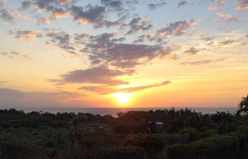 夕陽を見ながらバーベキュー